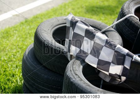 Checkered Flag Resting