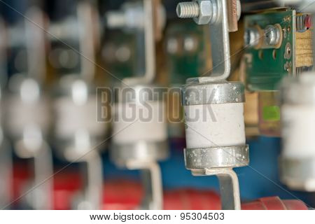 Wire, Terminals, Transistors And Capacitors