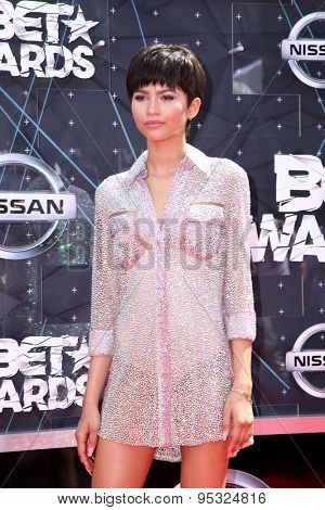 LOS ANGELES - JUN 28:  Zendaya Coleman at the 2015 BET Awards - Arrivals at the Microsoft Theater on June 28, 2015 in Los Angeles, CA