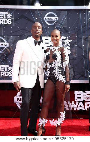 vLOS ANGELES - JUN 28:  Tyrese Gibson at the 2015 BET Awards - Arrivals at the Microsoft Theater on June 28, 2015 in Los Angeles, CA
