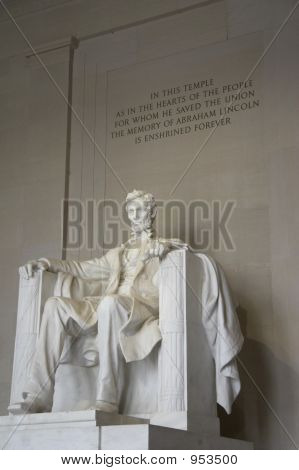 Sculpture Of Abraham Lincoln