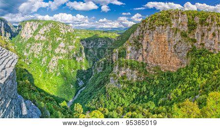 Gorgeous Vikos Canyon in Zagorohoria Greece