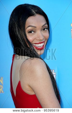 BURBANK - JUNE 25: Tamara Taylor arrives at the 41st Annual Saturn Awards on Thursday, June 25, 2015 at the Castaway Restaurant in Burbank, CA.