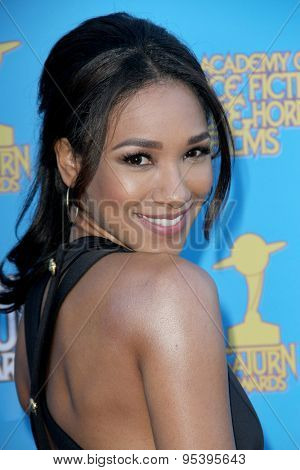 BURBANK - JUNE 25: Candice Patton arrives at the 41st Annual Saturn Awards on Thursday, June 25, 2015 at the Castaway Restaurant in Burbank, CA.