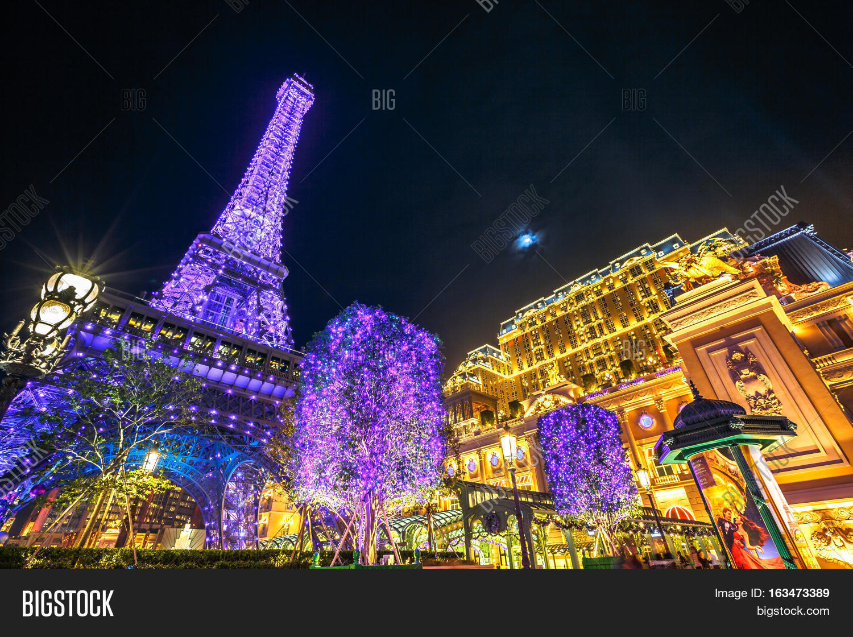 macau china december 8 2016 the spectacular blue and purple macau eiffel - Purple Hotel 2016