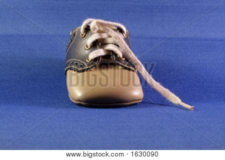 Little Shoe Front