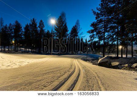 Tracks for crosscountry skiing in evening light