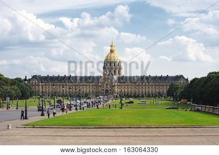 France, Paris - July 30, 2014: The Lawn In Front Of The Palais Des Invalides (or Les Invalides State