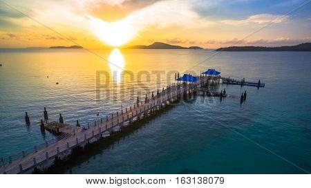 Rawai Pier is in the southern side of Phuket island.Rawai pier is convenient to travel to Koh Hae Koh Lone Koh Bon and Koh Racha need to board a boat at this pier which has a stretch concrete bridge that elongated to the sea.
