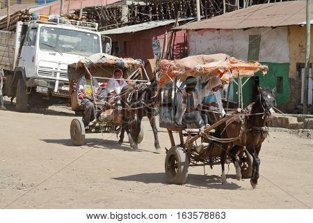 The chaos traffic in the streets of Debark in Ethiopia, 14. November 2012