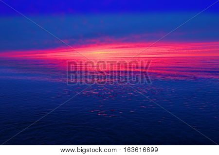 Great Lakes sunset landscape in the upper peninsula of Michigan