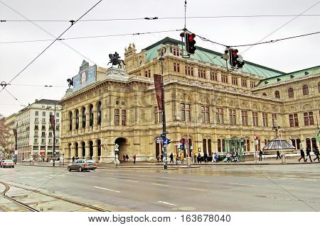 VIENNA, AUSTRIA - JANUARY 02, 2008: Building of Vienna State Opera House. Wiener Staatsoper produces 50-70 operas and ballets in about 300 performance per year.