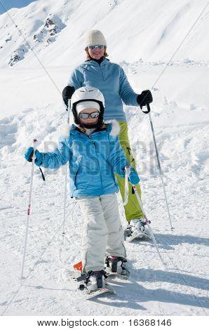 Schneeschuhwandern mit Mutter