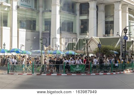 BANGKOK THAILAND - DEC 31 : scene of Erawan shrine corner in off traffic while new year festival on december 31 2016 thailand. Erawan shrine is famous place in Ratchaprasong area