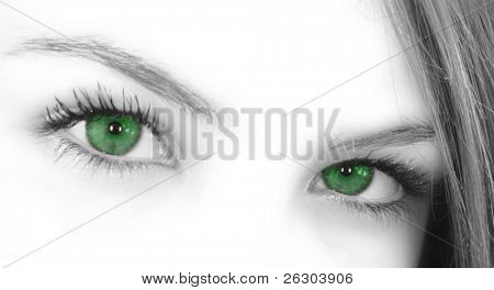 green eyes upper face