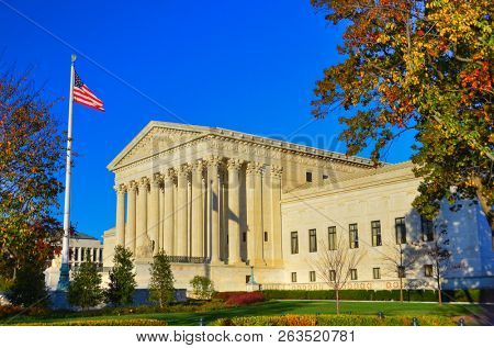 Poster: United States Supreme Court Building