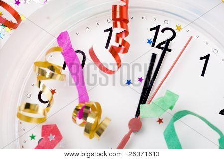 primer plano de la muestra hasta la medianoche; año nuevo fondo