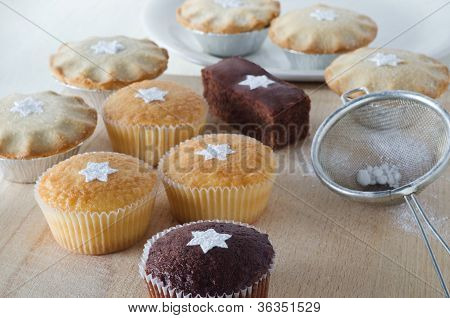 Christmas Cakes And Mince Pies