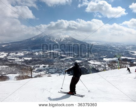 Ski in Hokkaido, Japan �¢�?�? Hirafu, Niseko and Mount Yotei