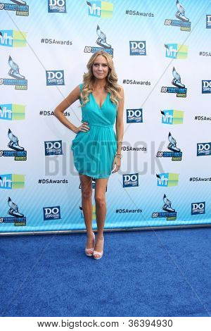 vLos Angeles - AUG 19:  Melissa Ordway arrives at the 2012 Do Something Awards at Barker Hanger on August 19, 2012 in Santa Monica, CA