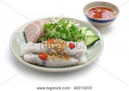 banh cuon, vietnamese steamed rice noodle roll, vietnamese popular breakfast food
