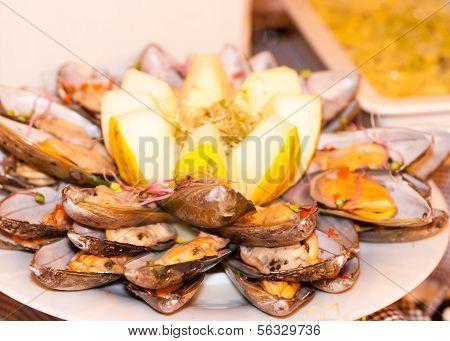 Mussel Buffet
