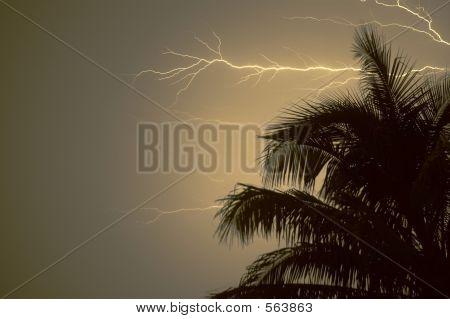 Lightning_0128