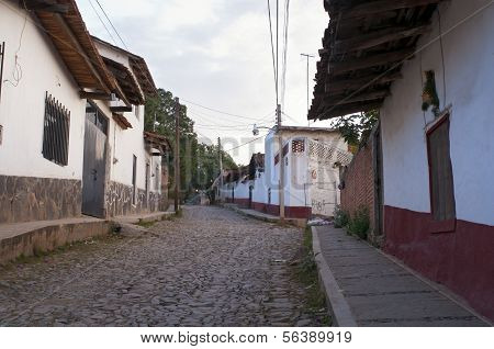 Tapalpa Streets And Homes