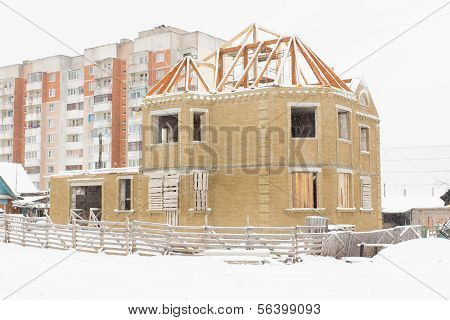 Building And Snow