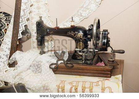 Workplace Dressmaker 19Th Century