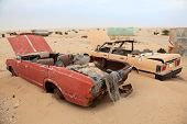 picture of qatar  - Abandoned cars in the desert - JPG