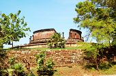 picture of polonnaruwa  - The Polonnaruwa ruins  - JPG