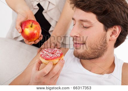 Donut Versus Apple