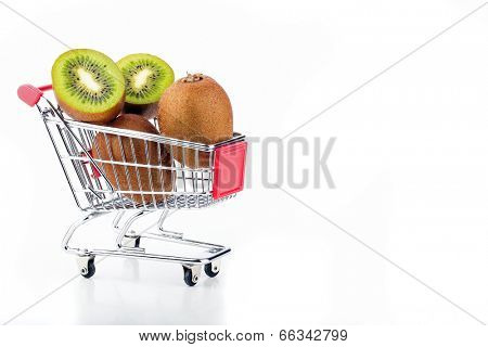 Kiwi's in a supermarket cart