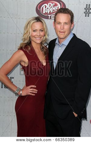 LOS ANGELES - JUN 7:  Cynthia Daniel, Cole Hauser at the Spike TV's