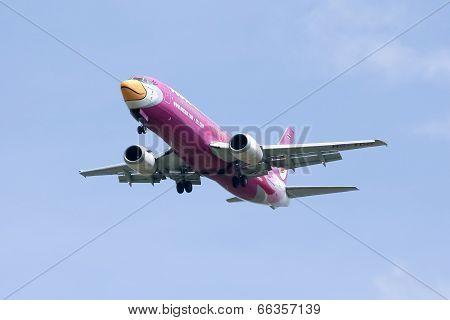 HS-TDD Boeing 737-400 of NokAir airline