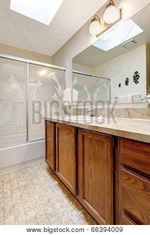 Bathroom With Skylight Ceiling