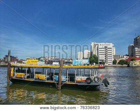 Ferry boat in Chao Phraya River