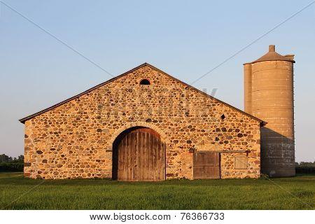 Stone Barn - Retro Rural Building