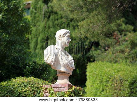 Caesar bust