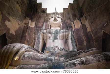 Phra Ajana At Wat Si Chum, Sukhothai Historical Park