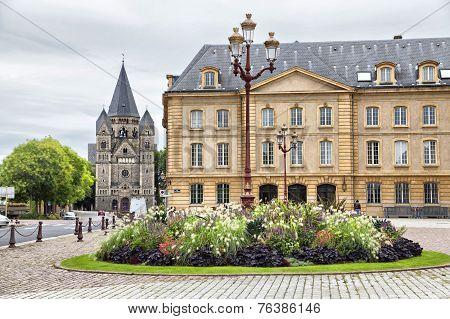 Place De La Comedie In Front Of Opera Building In Metz