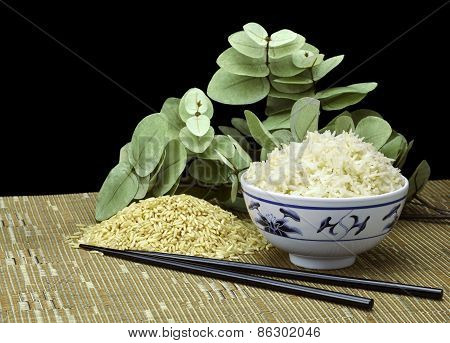 Natural Organic Raw And Cooked Organic Brown Rice