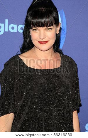 LOS ANGELES - MAR 21:  Pauley Perrette at the 26th Annual GLAAD Media Awards at the Beverly Hilton Hotel on March 21, 2015 in Beverly Hills, CA