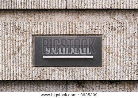 Snailmail Box