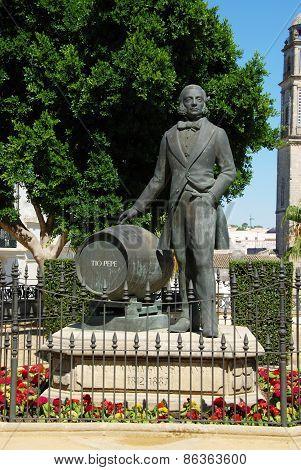 Tio Pepe statue, Jerez de la Frontera.
