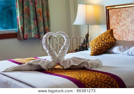 Decorations on the bed