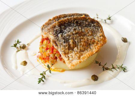 fried carp with mashed potatoes