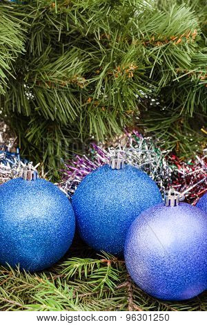 Blue, Violet Christmas Balls, Tinsel, Xmas Tree 4