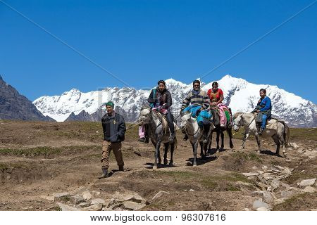 Tourists Having Fun On The Rohtang Pass, Himachal Pradesh, India